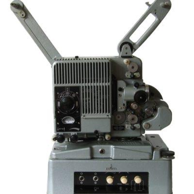 16 mm projektor